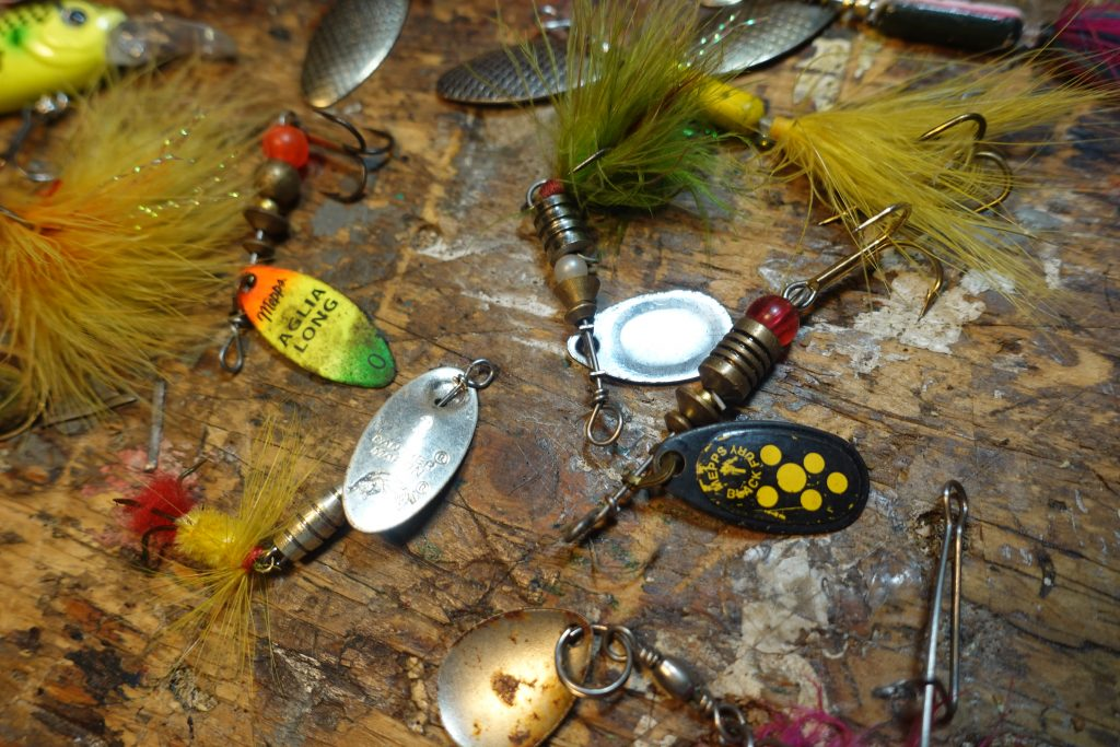 trout spinners